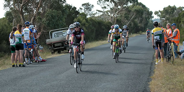 Grace claims the win in 'B' grade  (30 event images)