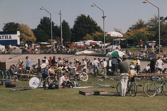 Junior competition and event heats were held during the day with the finals after a tea break at night. 1996